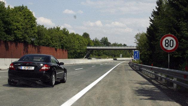 Ab Donnerstag gilt Tempo 80 auf Stadtautobahnen (Bild: KLAUS KREUZER (Symbolbild))