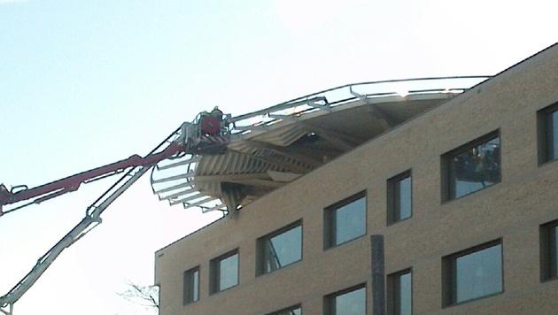 Heli-Landeplatz des Landesklinikums eingestürzt (Bild: Thomas Strobl)