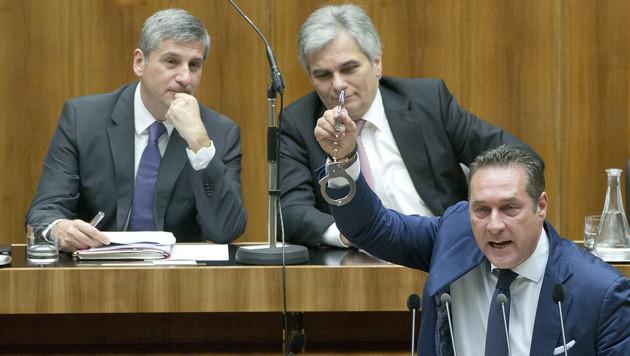 Mölzer-Wirbel kostet FPÖ Platz eins (Bild: APA/Georg Hochmuth)