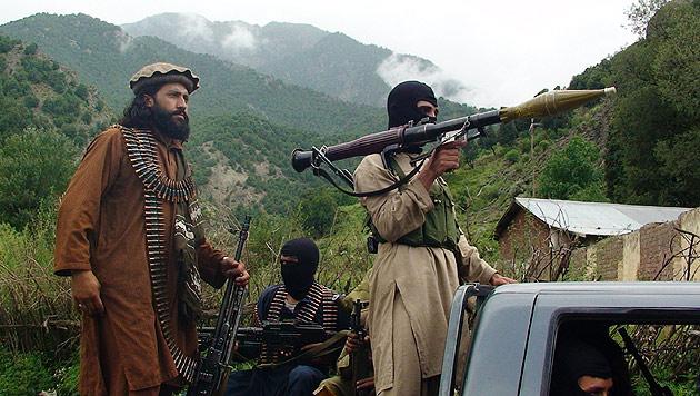 Afghanistan: Erneut Reisende als Geiseln genommen (Bild: AP)