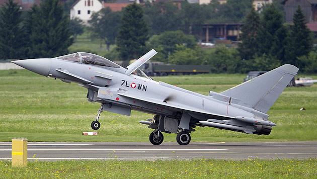 Jetzt auch Spionage-Verdacht im Fall Eurofighter (Bild: APA/ERWIN SCHERIAU)