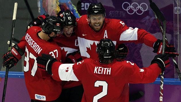 Kanadas Eishockey-Cracks holen erneut Olympia-Gold (Bild: EPA/ANATOLY MALTSEV)