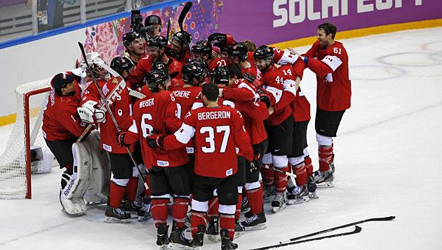 Kanadas Eishockey-Cracks holen erneut Olympia-Gold (Bild: AP/Petr David Josek)