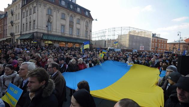 Neutralität für Ukraine nach Vorbild Österreichs (Bild: APA/EPA/Grzegorz Jakubowski)