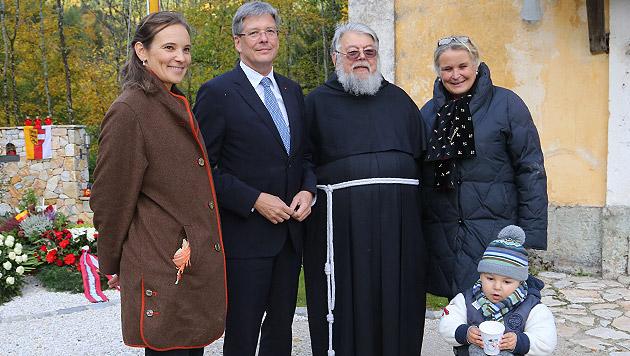 EU-Wahl: BZÖ trumpft mit Haiders Tochter auf (Bild: UTA ROJSEK-WIEDERGUT)