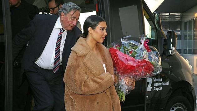 """""""Alles passt"""": Kim Kardashian in Wien gelandet (Bild: APA/CHRISTINA NOăLLE)"""