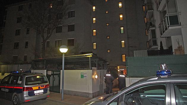 Schütze nach Bluttat in Stiegenhaus gestorben (Bild: Andi Schiel)