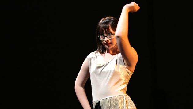 Tanzen über die Grenzen des Gewohnten hinweg (Bild: Barbara Pálffy)