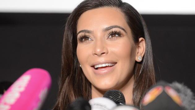 Kardashian brach Autogrammstunde ab (Bild: APA/EPA/HELMUT FOHRINGER)