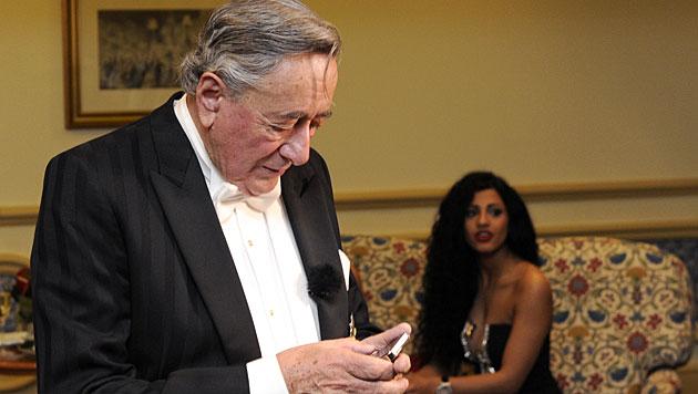 Kim Kardashian schwänzt Richie Lugners Fototermin (Bild: APA/HERBERT P. OCZERET)