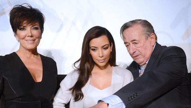 Victoria Beckham: Kein Hochzeitskleid für Kim (Bild: APA/EPA/HELMUT FOHRINGER)