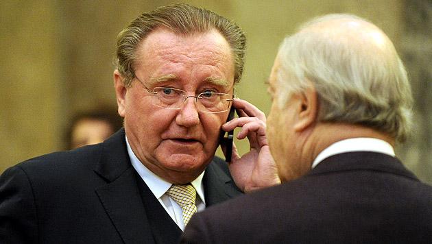 Der freigesprochene Ex-OeNB-Vize Wolfgang Duchatczek (Bild: APA/Herbert Pfarrhofer)