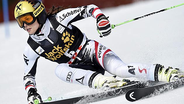 Fenninger stürmt von Platz 7 noch zum Sieg (Bild: APA/EPA/PONTUS LUNDAHL)
