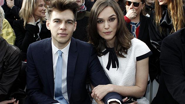 Keira Knightley mit Ehemann James Righton (Bild: AP)