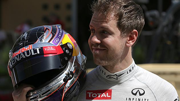 Vettel kündigt für Melbourne neuen RB-Boliden an (Bild: AP)