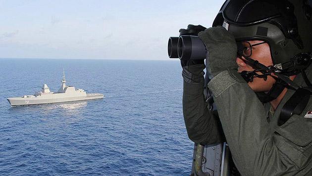 Flug MH370: Vermutlich noch ein Wrackteil gefunden (Bild: APA/EPA/Republic of Singapore Navy)