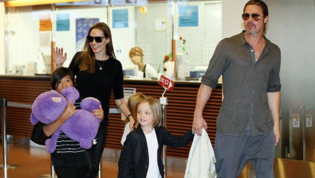 Pitt: Leben mit sechs Kindern nicht immer leicht (Bild: EPA)
