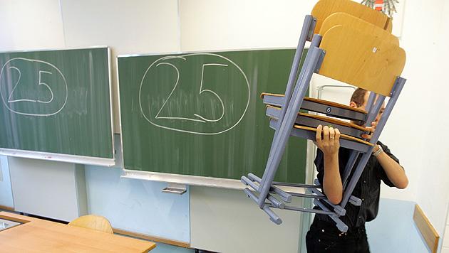 """""""Keine Schülertests"""": Ministerium bleibt hart (Bild: APA/ROLAND SCHLAGER)"""