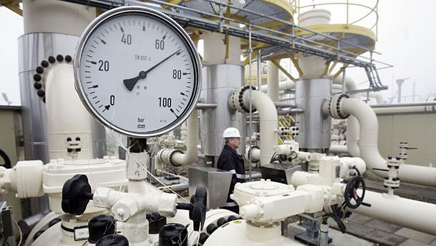 Sanktionen gegen Moskau schaden heimischen Firmen (Bild: APA/dpa/Ulrich Perrey)