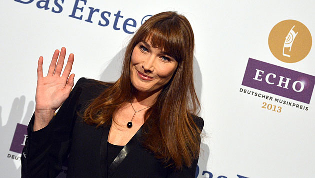 Carla Bruni führt strenges Backstage-Regiment (Bild: EPA)