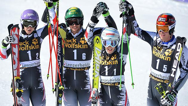 Österreich im Teambewerb auf Platz drei (Bild: APA/BARBARA GINDL)