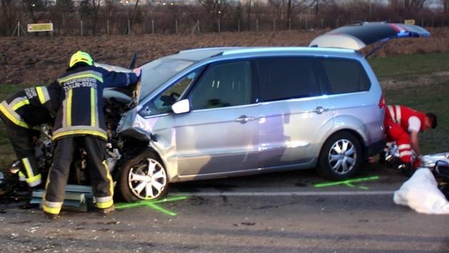 NÖ: Fünf Menschen bei Verkehrsunfall verletzt (Bild: Stadtfeuerwehr Tulln)