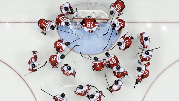 Geldstrafen für sieben Eishockey-Nationalspieler (Bild: AP)