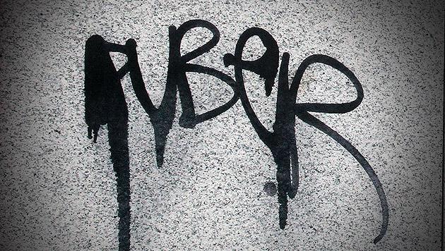 """Grafologisches Gutachten belastet Sprayer """"Puber"""" (Bild: ANDI SCHIEL, krone.at-Grafik)"""