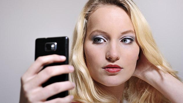Selfies auf Gleisen: Lokführer verhindert Tragödie (Bild: thinkstockphotos.de)