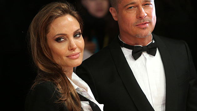 Hier stiehlt Vivienne Mama Angelina Jolie die Show (Bild: Joel Ryan/Invision/AP)