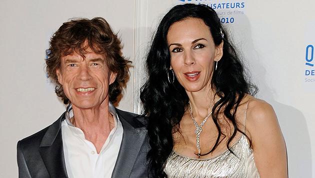 """Mick Jagger mit L""""Wern Scott, die sich heuer das Leben nahm. (Bild: APA/EPA/STR)"""