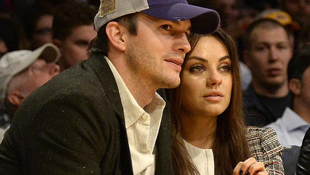 Mila Kunis und Ashton Kutcher: Baby war geplant (Bild: APA/EPA/MICHAEL NELSON)