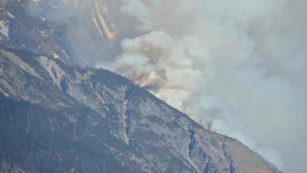 Tirol: Waldbrand wütete auf 50 Hektar (Bild: ÖA FF Telfs/Thomas Hagele)