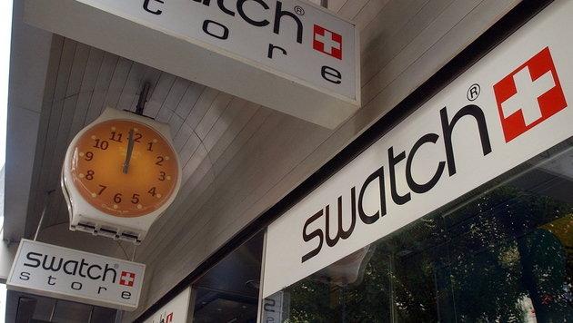Swatch bringt NFC-Uhr zum Bezahlen nach China (Bild: EPA)