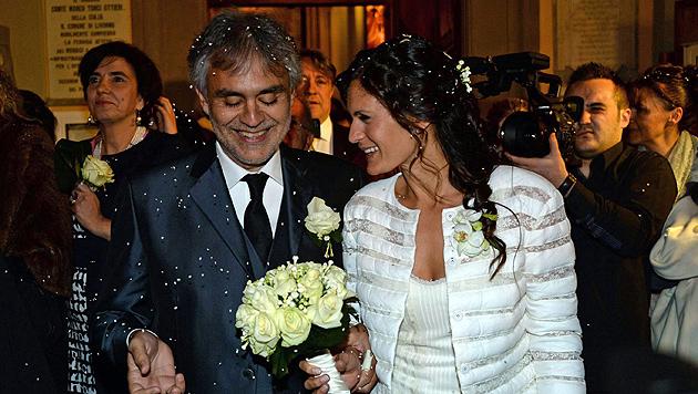 Opernsänger Andrea Bocelli hat geheiratet (Bild: APA/EPA/FRANCO SILVI)