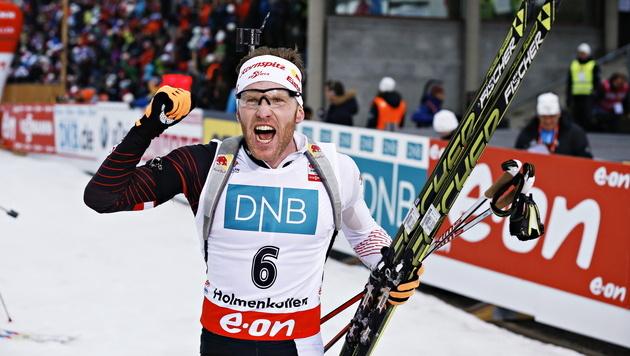 Simon Eder feiert in Oslo zweiten Weltcupsieg (Bild: EPA)