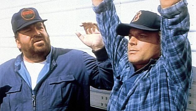 """Er starb mit 86: Trauer um Kultstar Bud Spencer (Bild: YouTube/""""Zwei bärenstarke Typen"""")"""