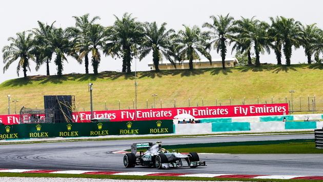 Grand Prix in Malaysia wird zur Hitzeschlacht (Bild: SRDJAN SUKI / EPA / picturedesk.com)