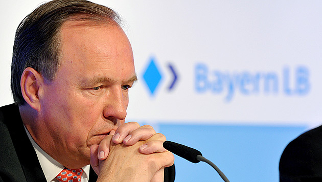 """""""Selbstjustiz"""": BayernLB droht mit neuer Klage (Bild: APA/dpa/Peter Kneffel)"""