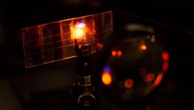 Solar-Displays könnten bald Handys aufladen (Bild: Nanyang Technological University)