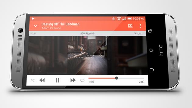 Duell der Top-Smartphones: Galaxy S5 gegen One M8 (Bild: HTC)