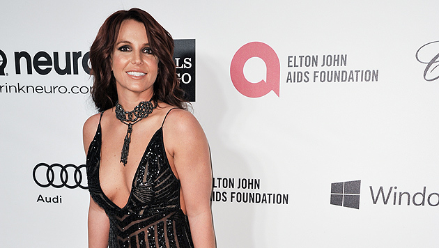 Britney Spears zeigt ihren sexy Bikini-Body (Bild: Richard Shotwell/Invision/AP)
