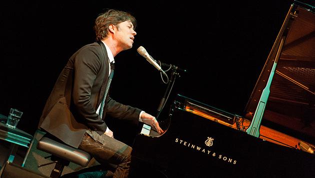 Rufus Wainwright begeistert mit Akustik-Gig (Bild: Andreas Graf)