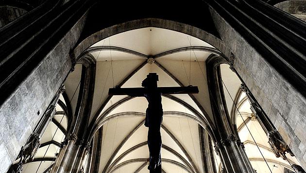Heimlich Pornos in Kirche gedreht (Bild: APA/ROBERT JÄGER (Symboldbild))