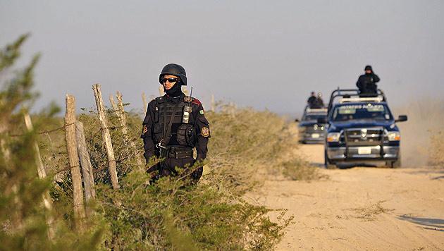 US-Polizisten an der Grenze zu Mexiko (Bild: APA/EPA/MIGUEL SIERRA (Symbolbild))