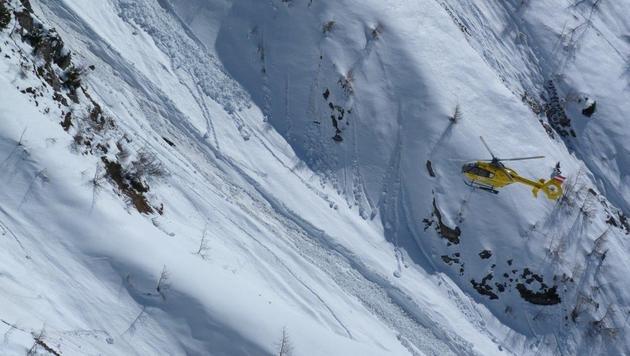 Skifahrer kommt vor Augen des Sohnes ums Leben (Bild: LPD)