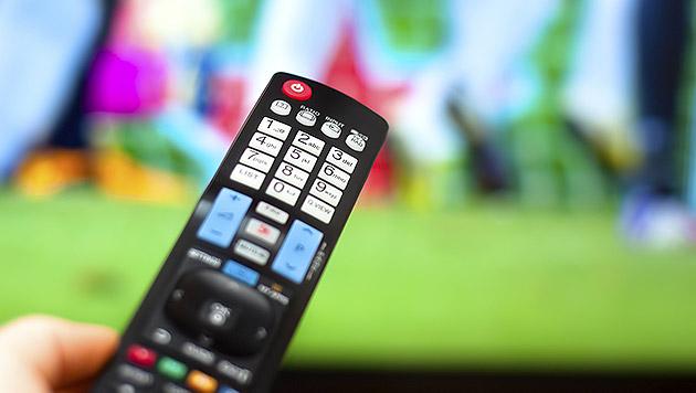 Klassisches Fernsehen verliert bei Jungen (Bild: thinkstockphotos.de)