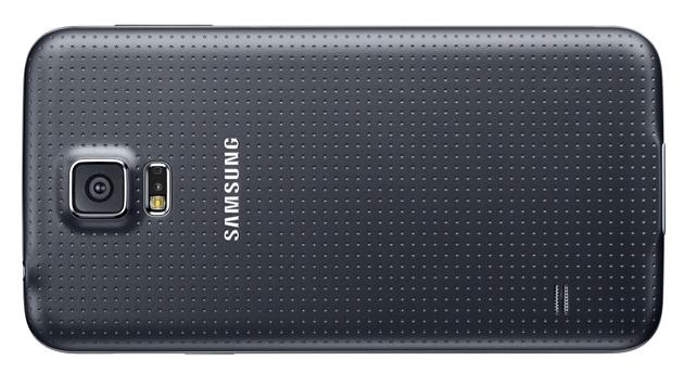 Duell der Top-Smartphones: Galaxy S5 gegen One M8 (Bild: Samsung)