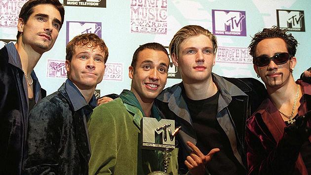 Sie brachten reihenweise Mädchenherzen: Die Backstreet Boys. (Bild: EPA/picturedesk.com)