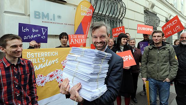 EU-Wahl: Europa anders reichte Wahlvorschlag ein (Bild: APA/HERBERT PFARRHOFER)